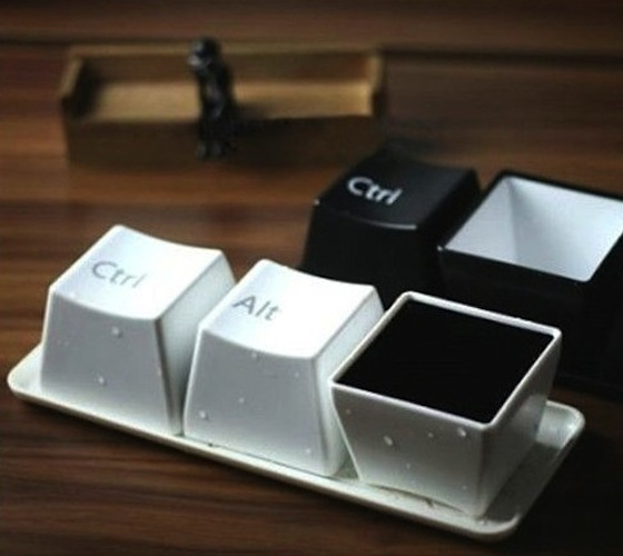 Ctrl-Alt-Delete coffee cup set