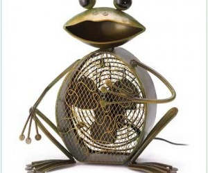 Funny Metal Frog Fan