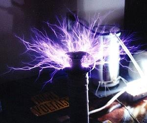 50,000 Volts Tesla Coil