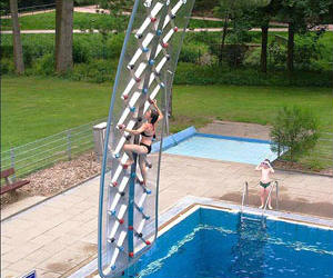wall climbing swimming pool