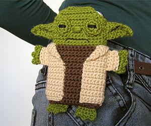 yoda smartphone crochet