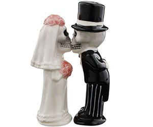 Skeletons Kissing Salt & Pepper Shakers
