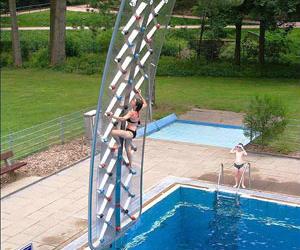 wall climbing swimming pool