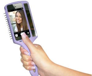 brush selfie