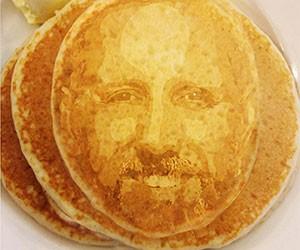 Selfie Pancakes
