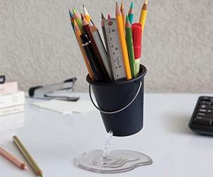 Floating Desk Bucket