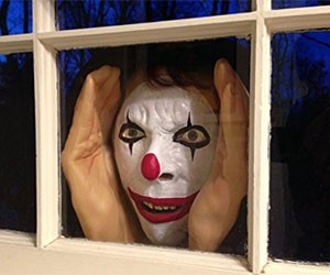 Creepy Peeping Clown Toy